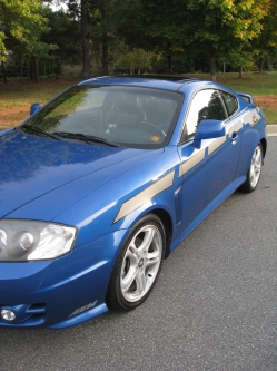 BlueTib04s 2004 Hyundai Tiburon