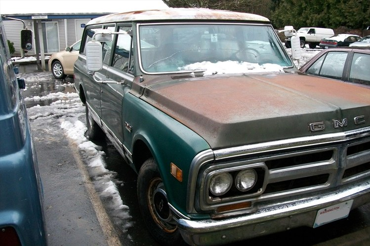 On My 66 Econo They Rusted Pretty Quick Only 3 Yrs First Is Before I Repainted Them 2nd After Repaint Ans 3rd Installed 71 GMC