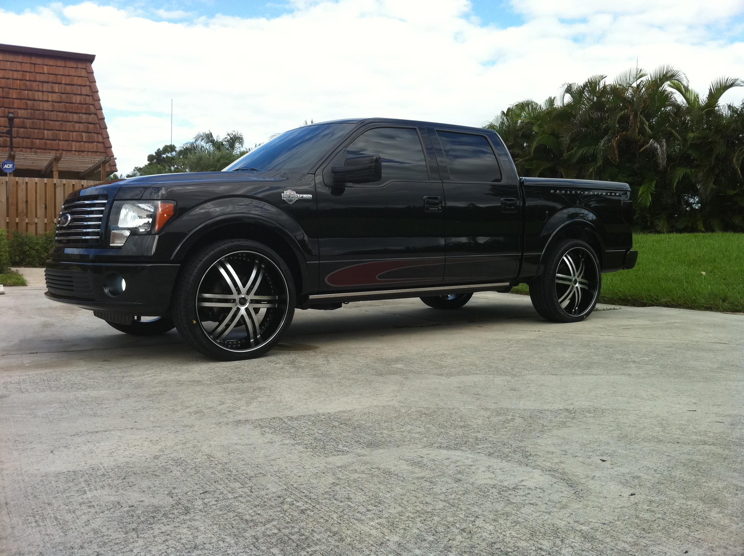 ITALIANWISEGUY79 2010 Ford F150 SuperCrew Cab