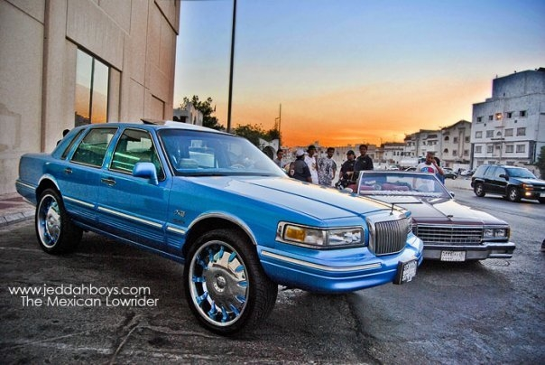 Outlawz Sa 1997 Lincoln Town Car Specs Photos Modification Info At
