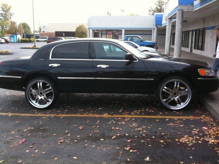 Rlf 70 2001 Lincoln Town Car Specs Photos Modification Info At