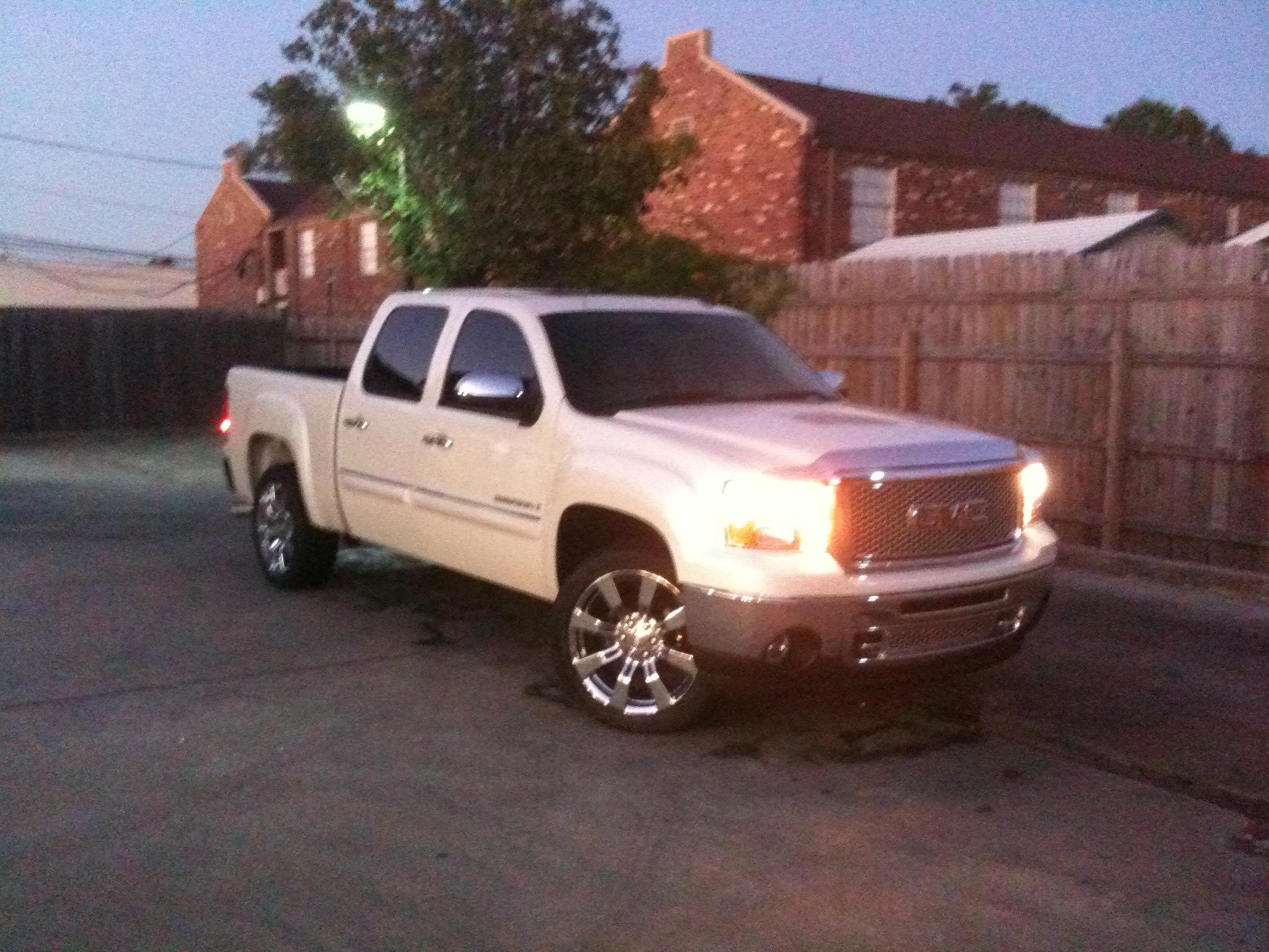 jc theriot 2009 gmc sierra 1500 crew cabslt specs photos modification info at cardomain. Black Bedroom Furniture Sets. Home Design Ideas