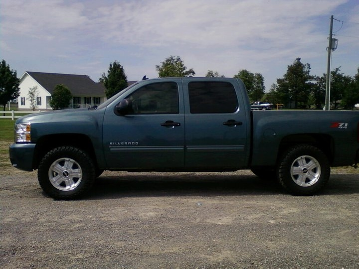 Pictures of chevy silverado with 3 leveling kits autos post