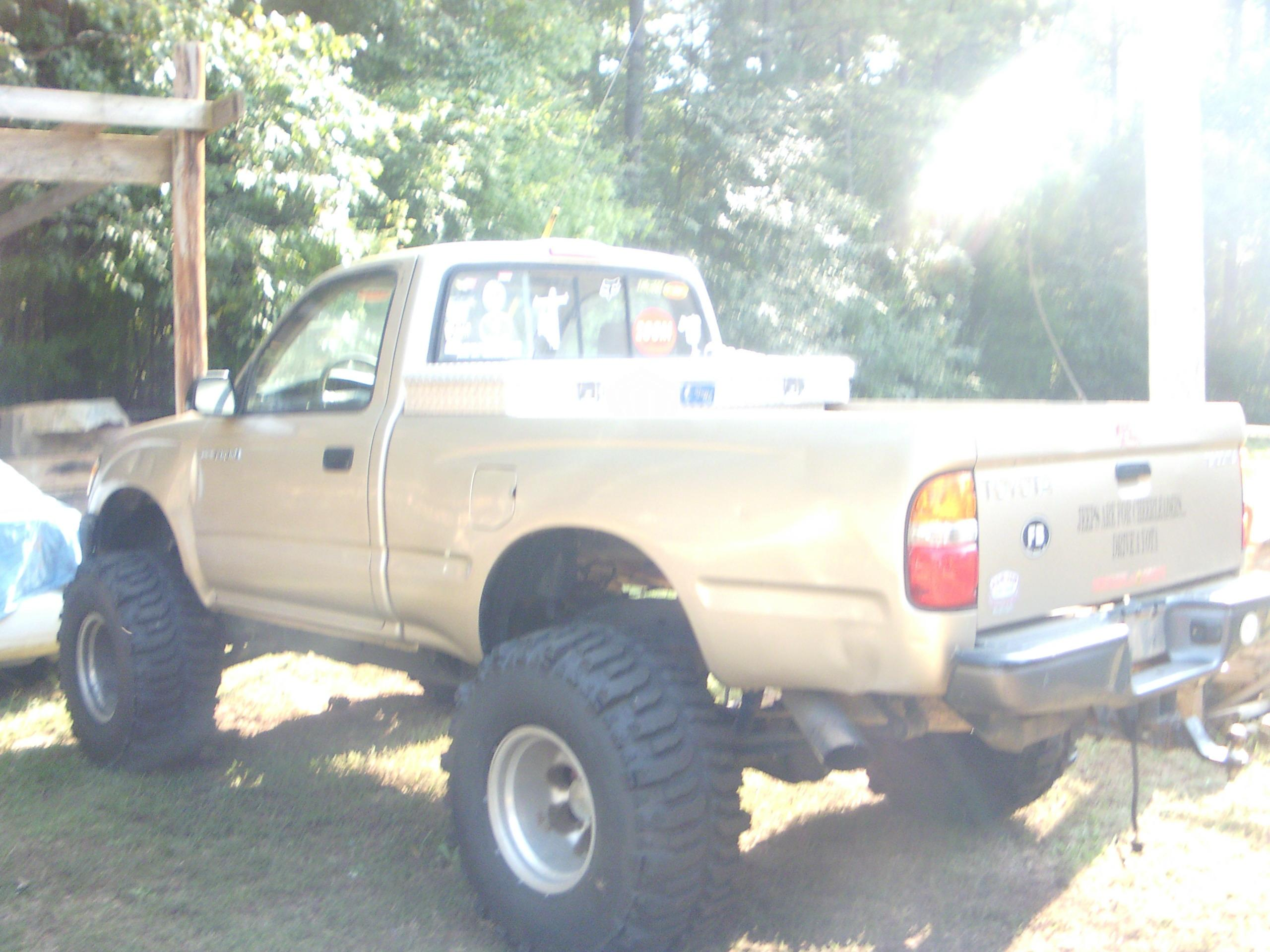 stuckiniraq37's 2001 Toyota Tacoma Regular Cab