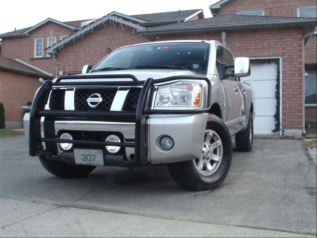medic307 39 s 2004 nissan titan crew cab in brampton on. Black Bedroom Furniture Sets. Home Design Ideas