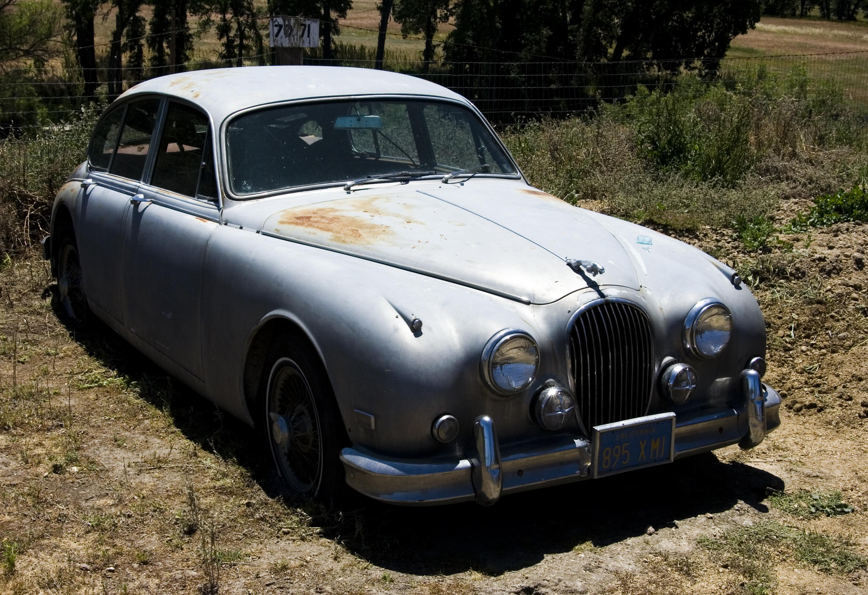 Another ilovemybradleyGT 1960 Jaguar S-Type post... - 14834655