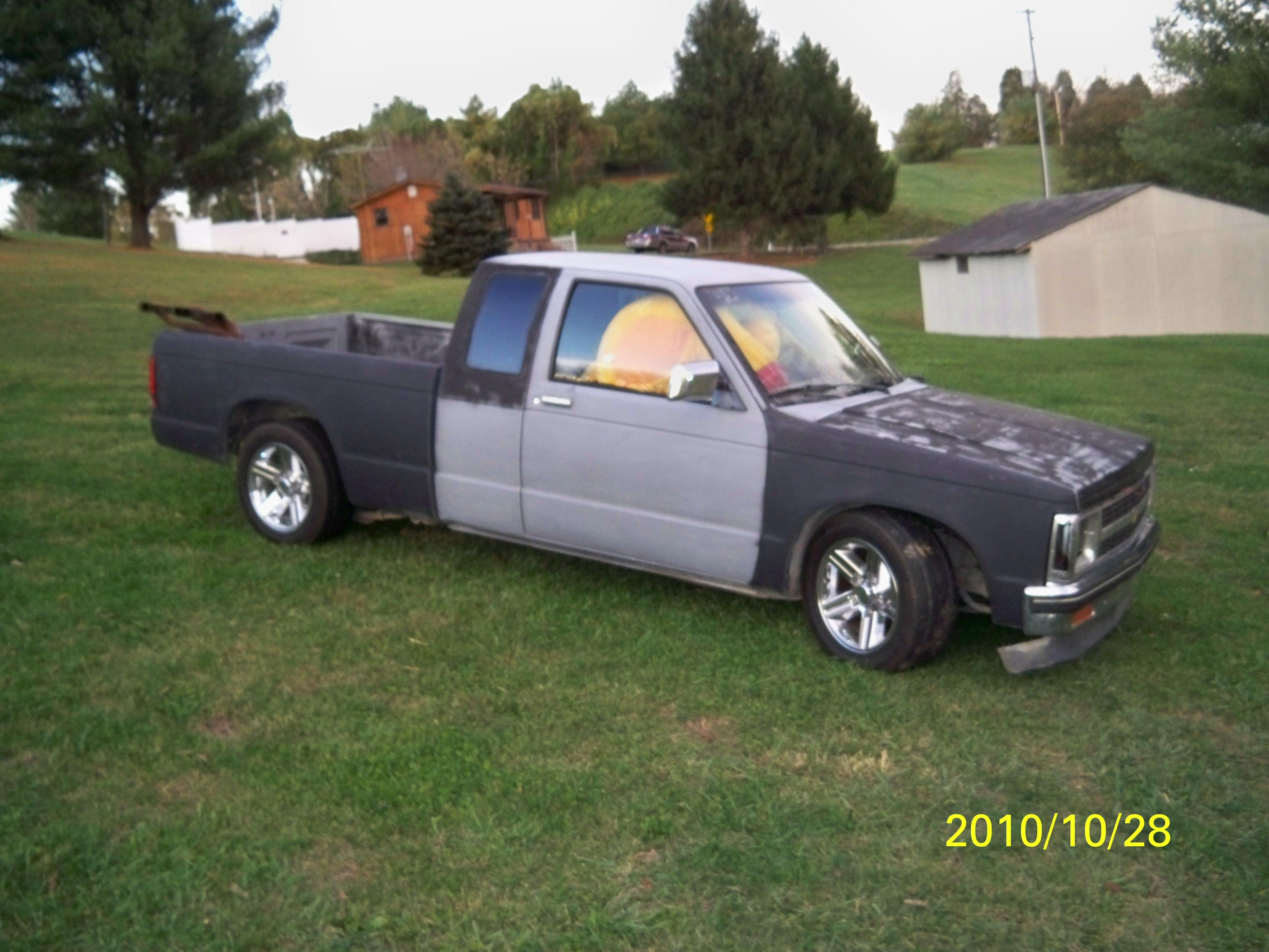 dalton71 1988 chevrolet s10 extended cab specs photos modification info at cardomain. Black Bedroom Furniture Sets. Home Design Ideas
