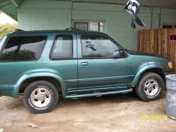 sarahs1991s 1998 Ford Explorer Sport