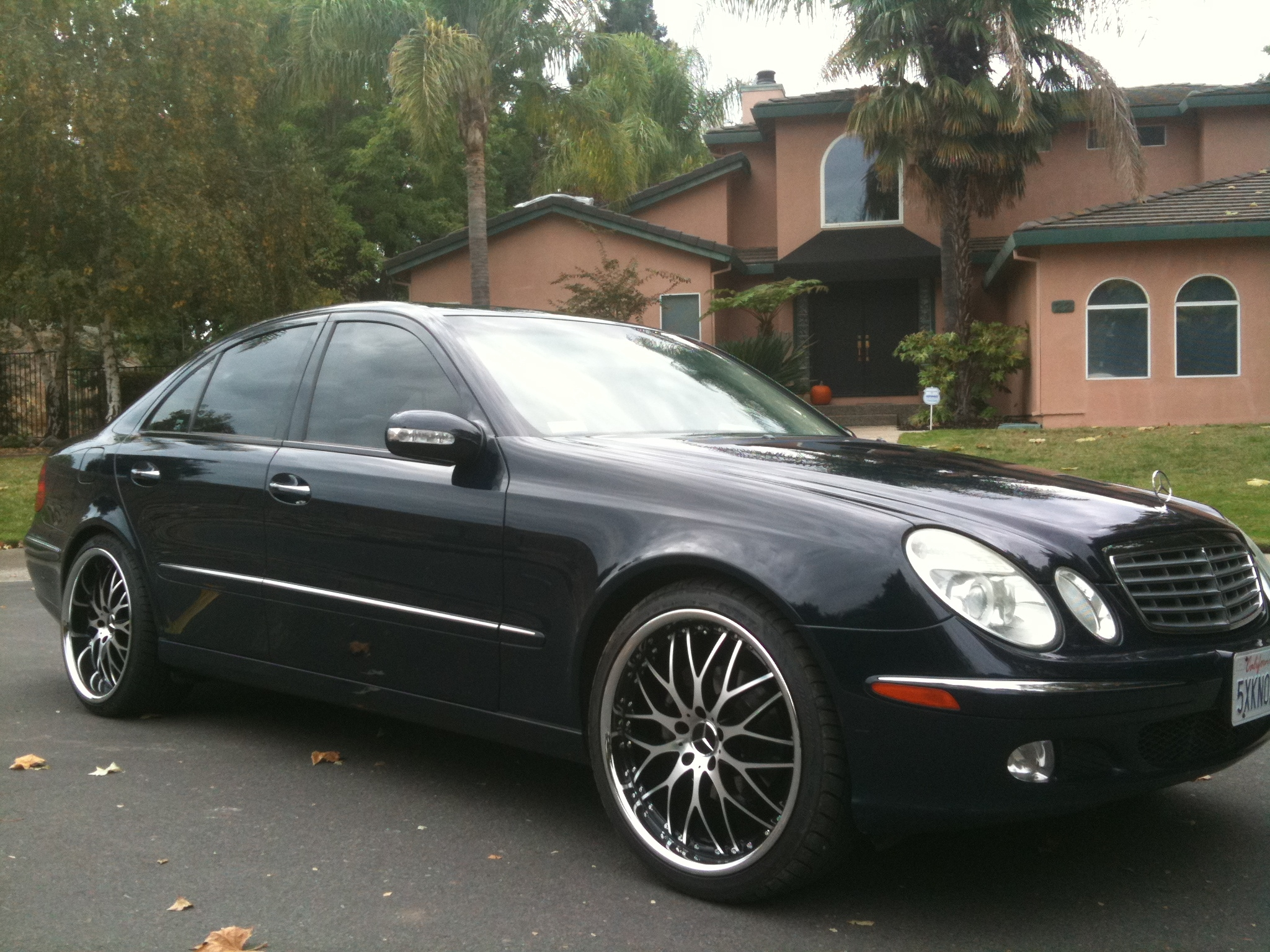 badboy415 2005 mercedes benz e classe320 sedan 4d specs photos modification info at cardomain. Black Bedroom Furniture Sets. Home Design Ideas