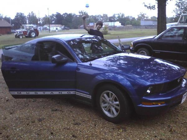 Another leanort 2009 Ford Mustang post... - 14843414