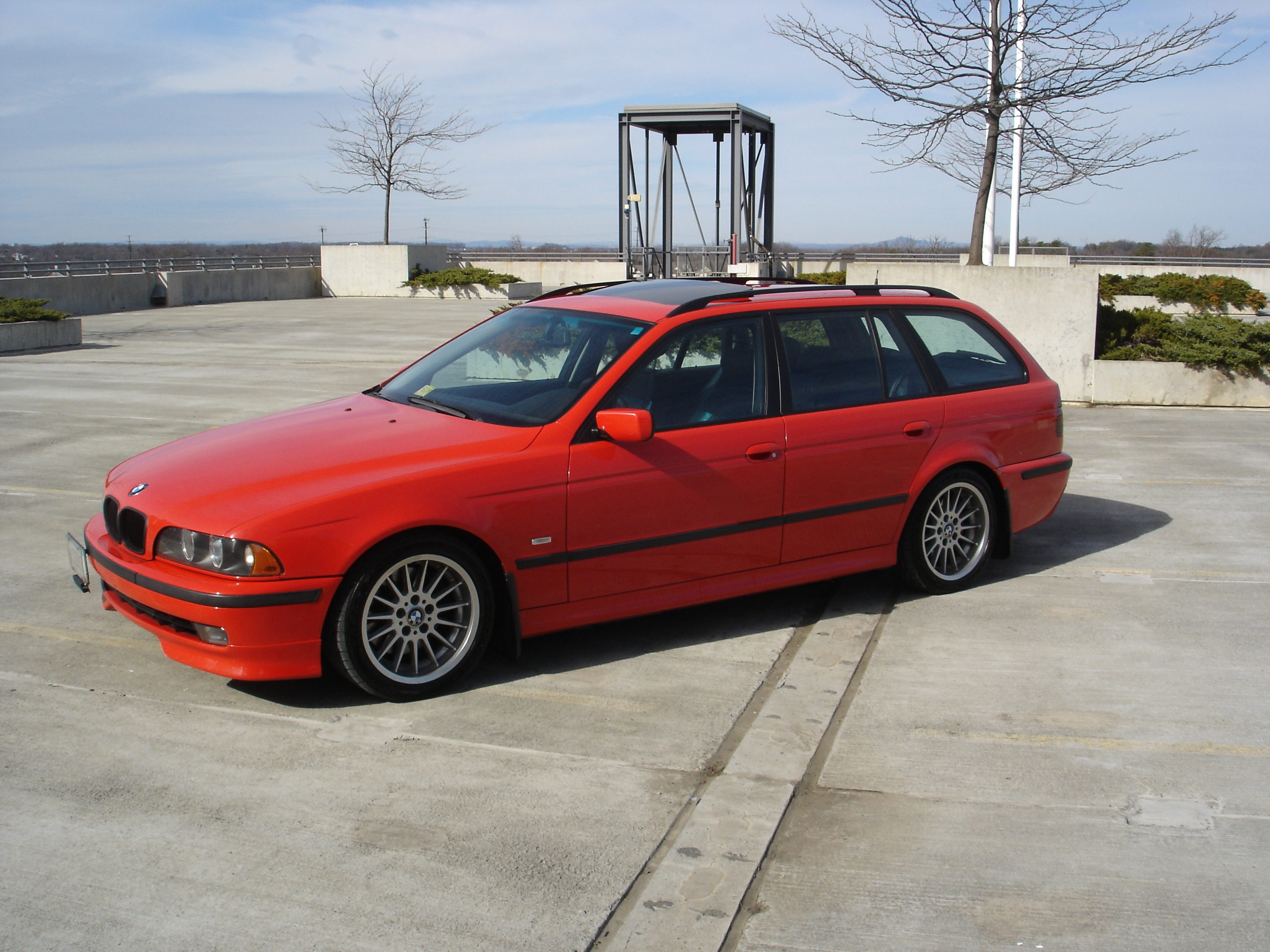 Johntee540's 1999 BMW 5 Series