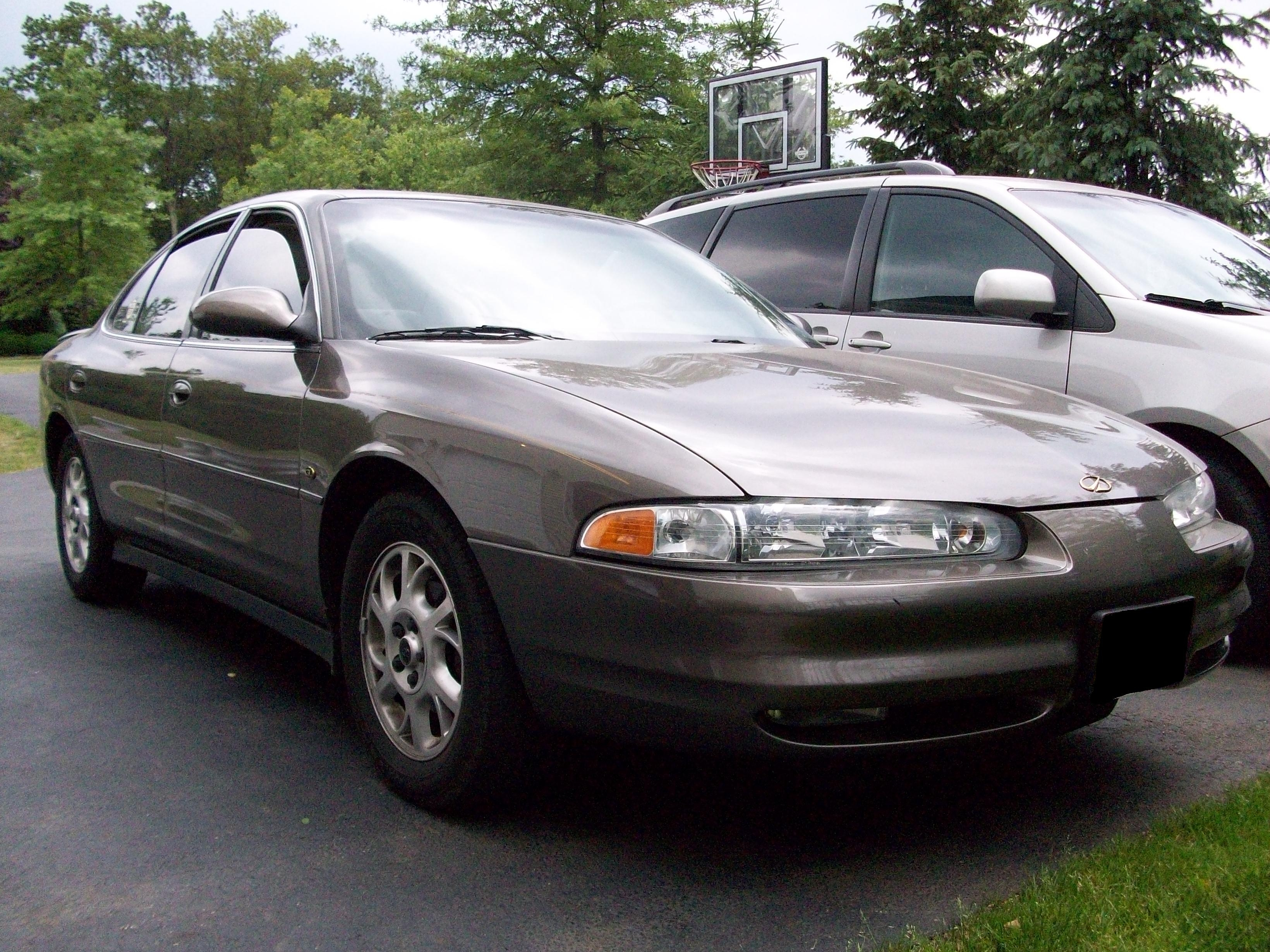 WMC84XXL 2000 Oldsmobile Intrigue