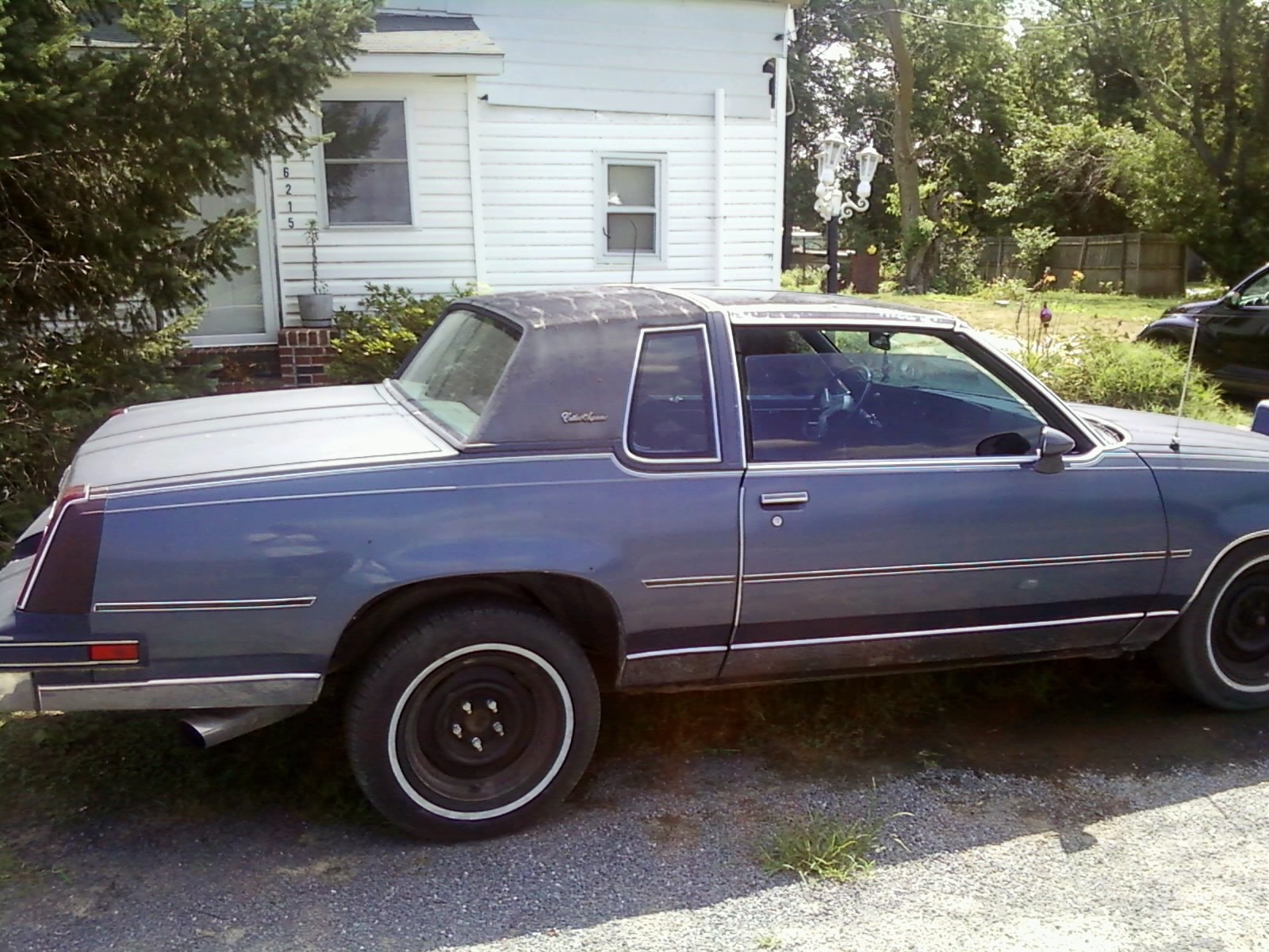 Another Car-R-Us 1984 Oldsmobile Cutlass Supreme post... - 14851679