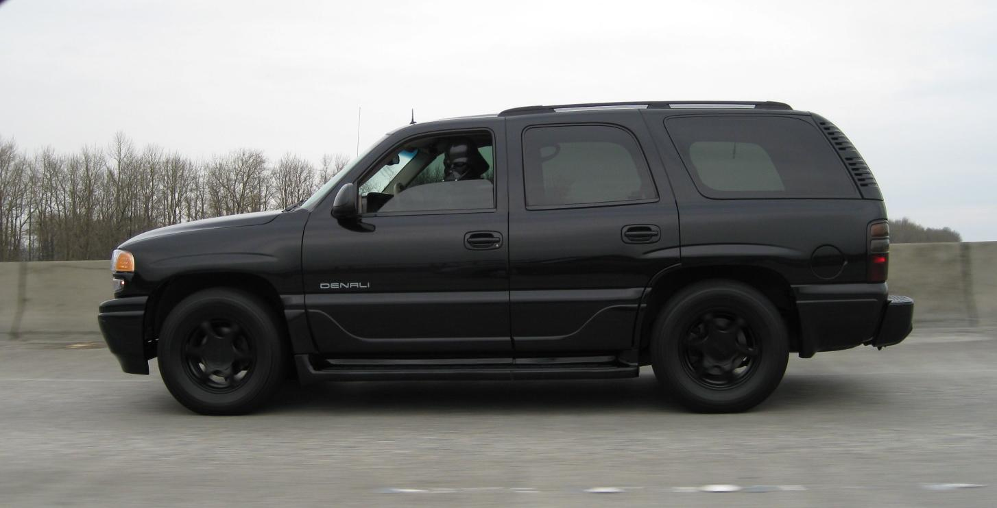 thertner's 2002 GMC Yukon Denali