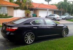 ilovehaters101s 2009 Lexus LS