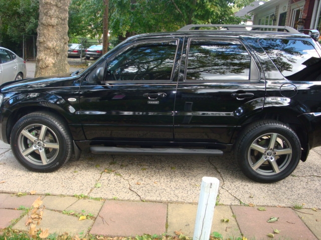 Another redceligt 2007 Mercury Mariner post... - 14853605
