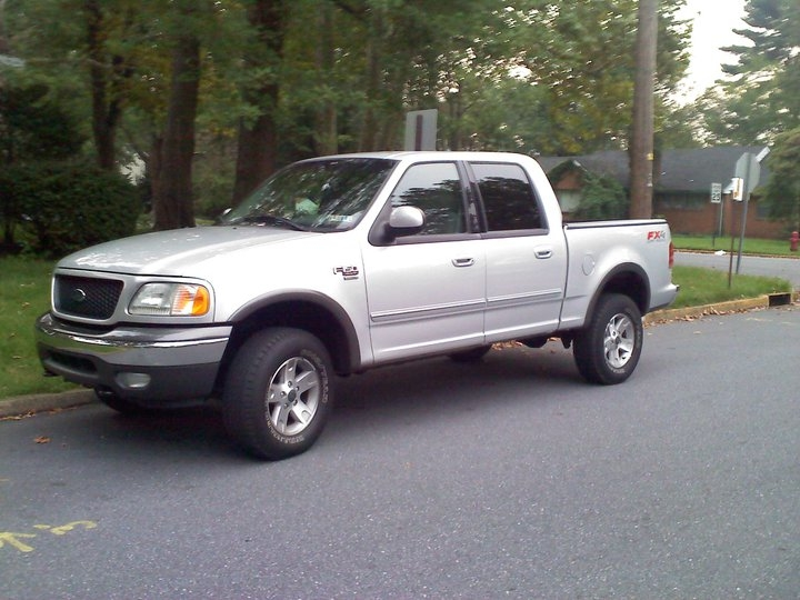 airmanford 2002 ford f150 supercrew cabshort bed 4d specs. Black Bedroom Furniture Sets. Home Design Ideas