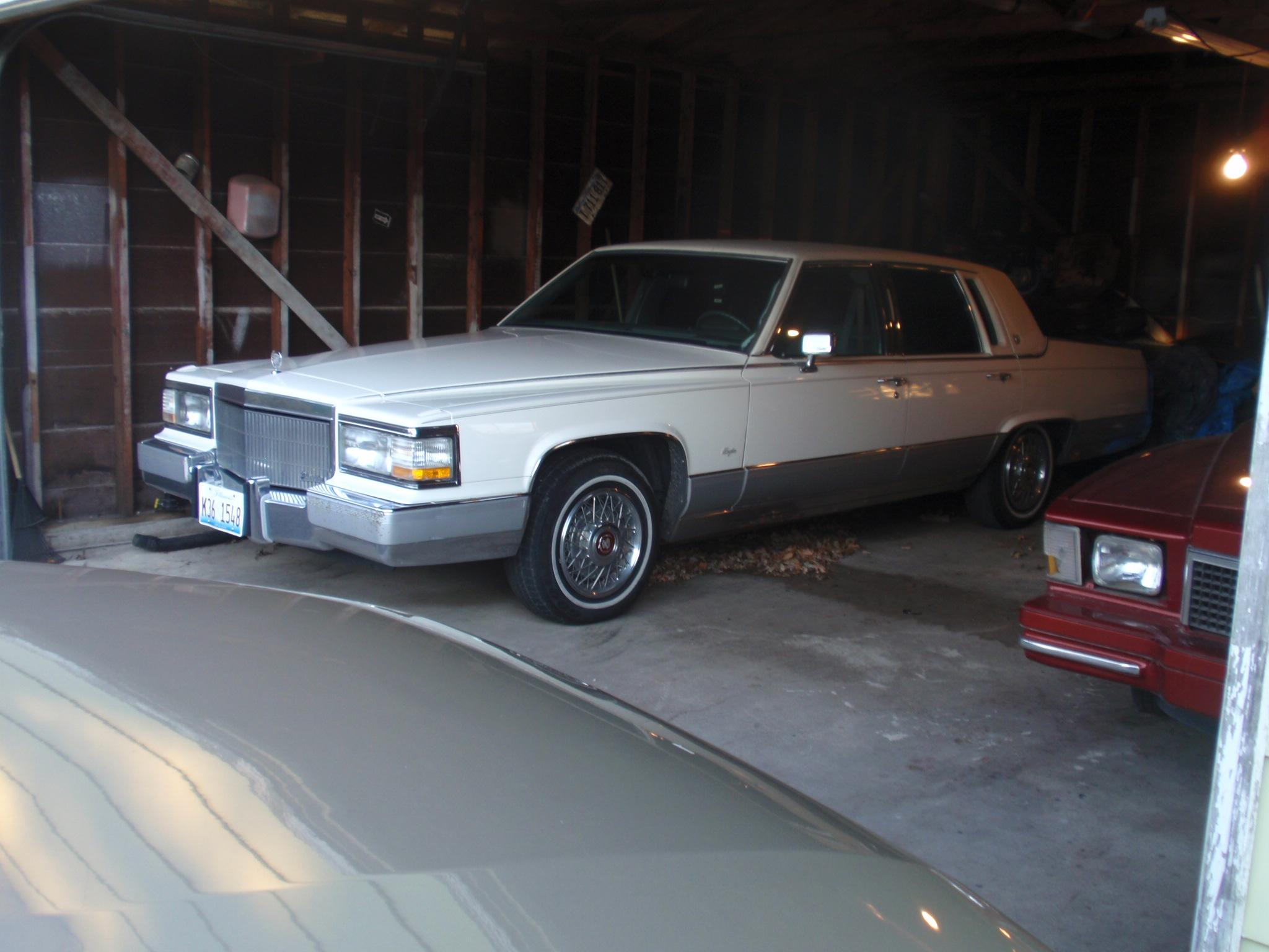 Another pacman1981 1991 Cadillac Fleetwood post... - 14870184