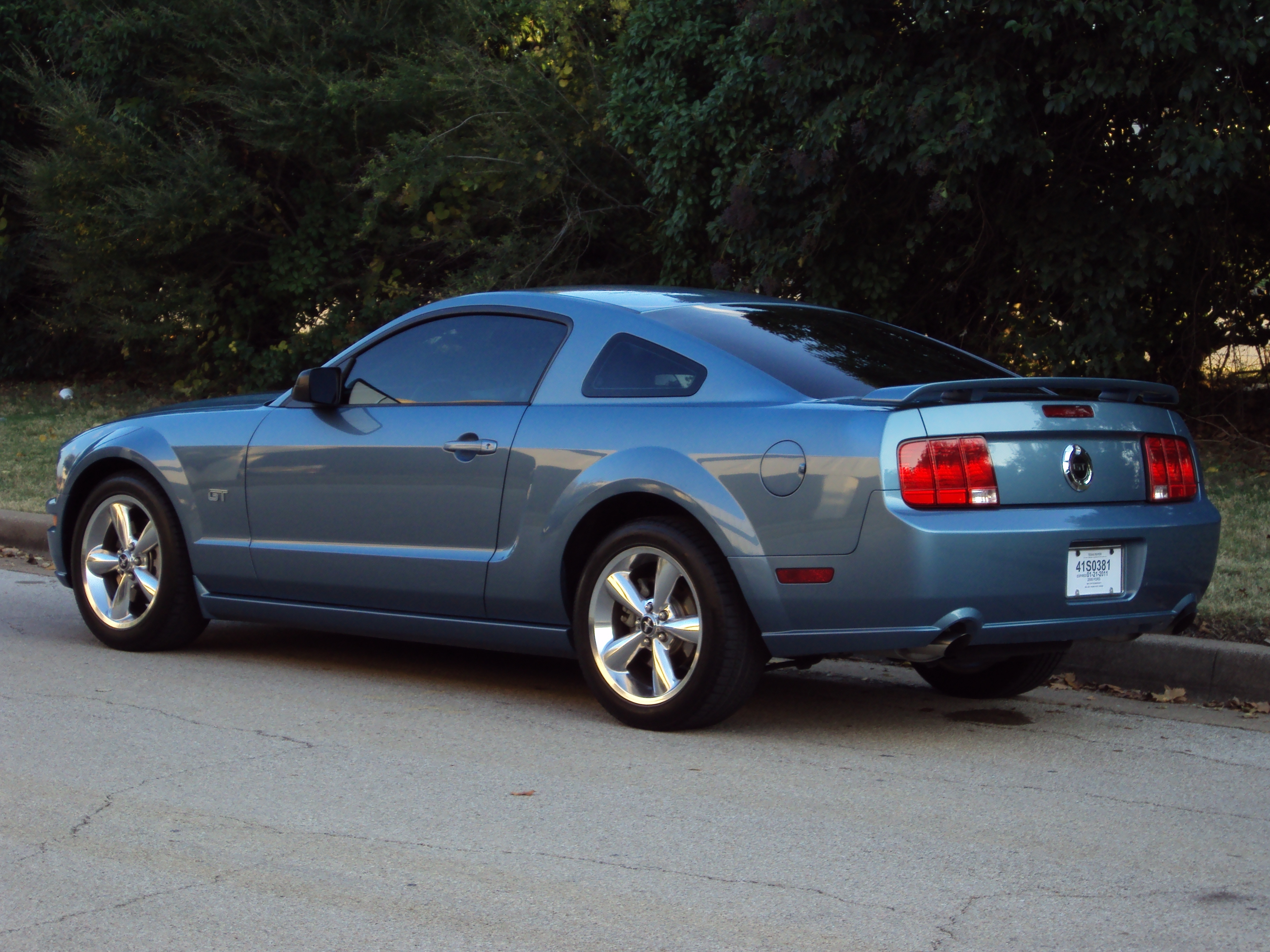 Another gidy_up15 2006 Ford Mustang post... - 14875066
