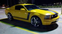 BadChics 2007 Ford Mustang