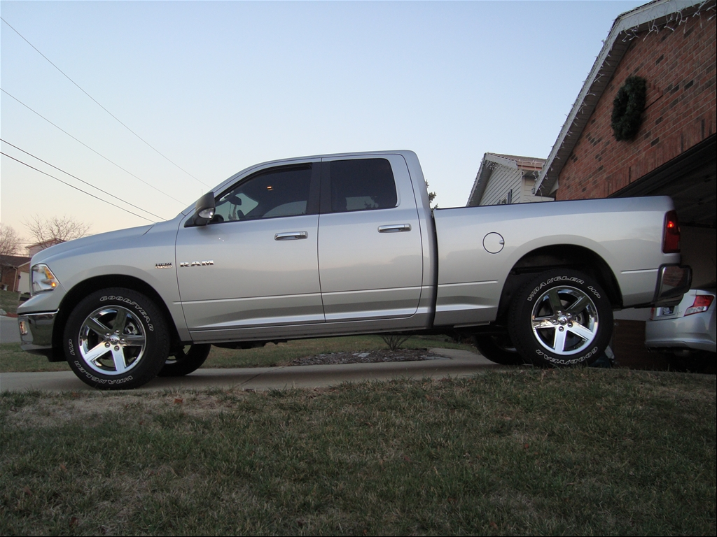 Chevrolet Avalanche Z additionally F Af C B Ffd C D also Chevrolet Suburban Side High Resolution Images together with Cadillac Escalade Ext in addition Chevrolet Silverado M. on 2014 chevy avalanche redesign