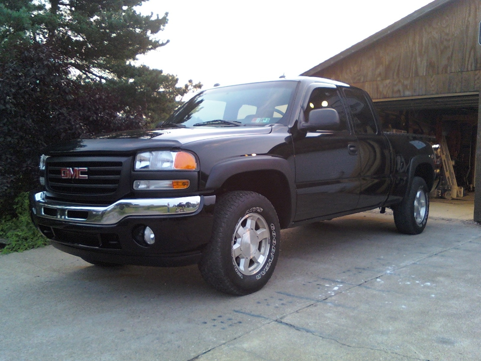 spminich 2005 gmc sierra 1500 extended cab specs photos modification info at cardomain. Black Bedroom Furniture Sets. Home Design Ideas