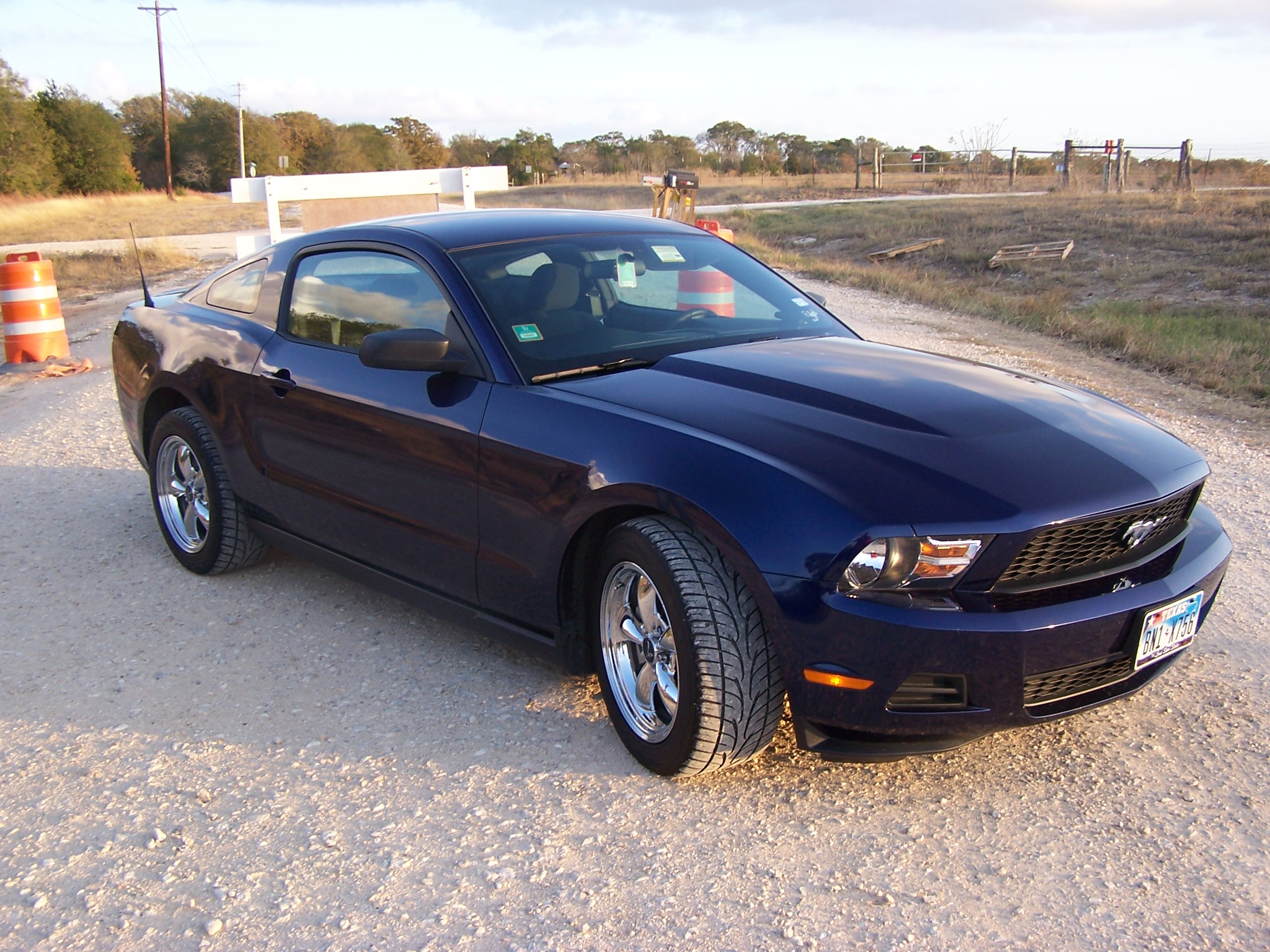 blackstang05 39 s 2010 ford mustang coupe 2d in college station tx. Black Bedroom Furniture Sets. Home Design Ideas