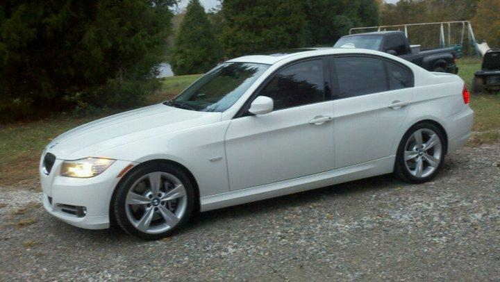 kingpin330i's 2009 BMW 3 Series