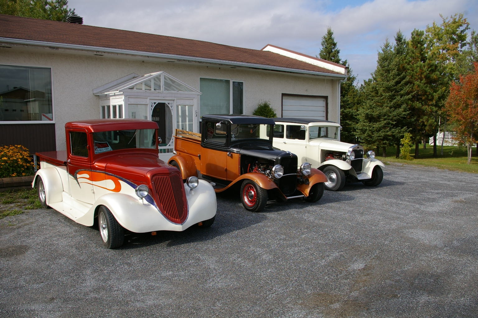 Another Charlenator 1933 Ford Custom post... - 14896881