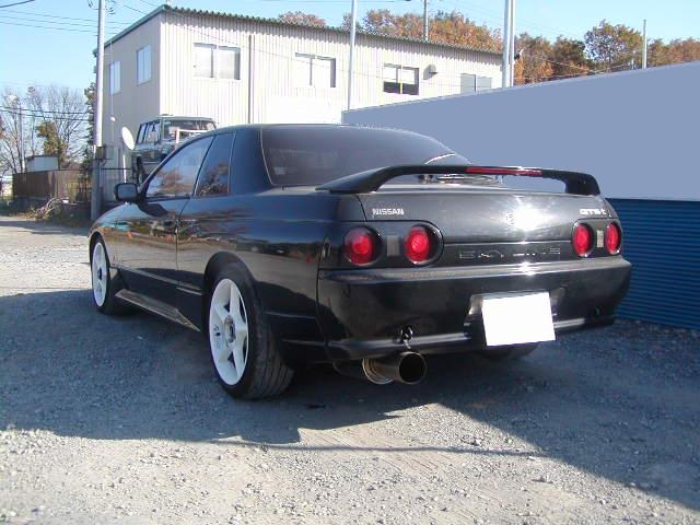 SlideR32 1990 Nissan Skyline 14899192