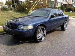 np17es 2003 Ford Crown Victoria