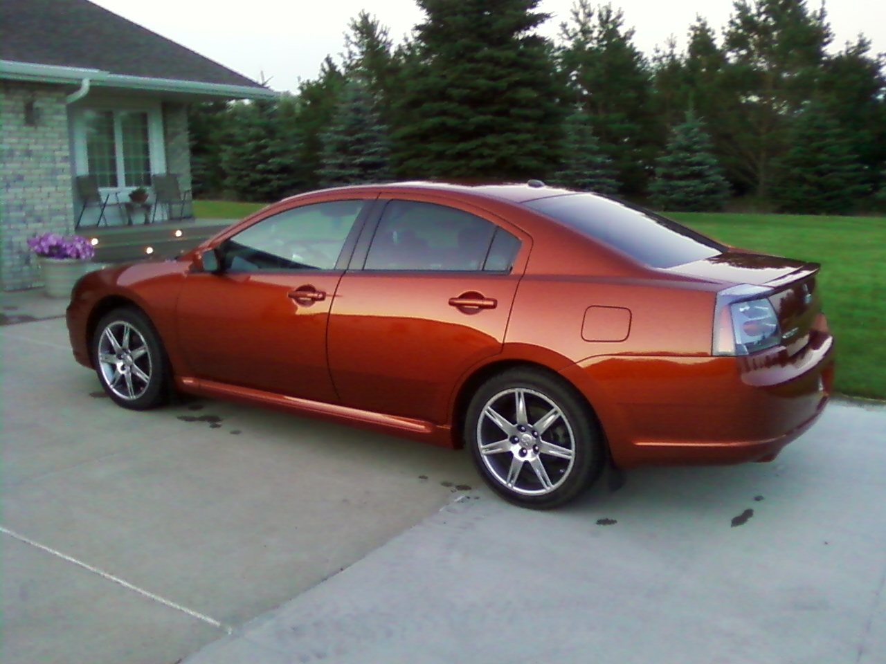 2007 Mitsubishi Galant Specs, Pictures, Trims, Colors || Cars.com