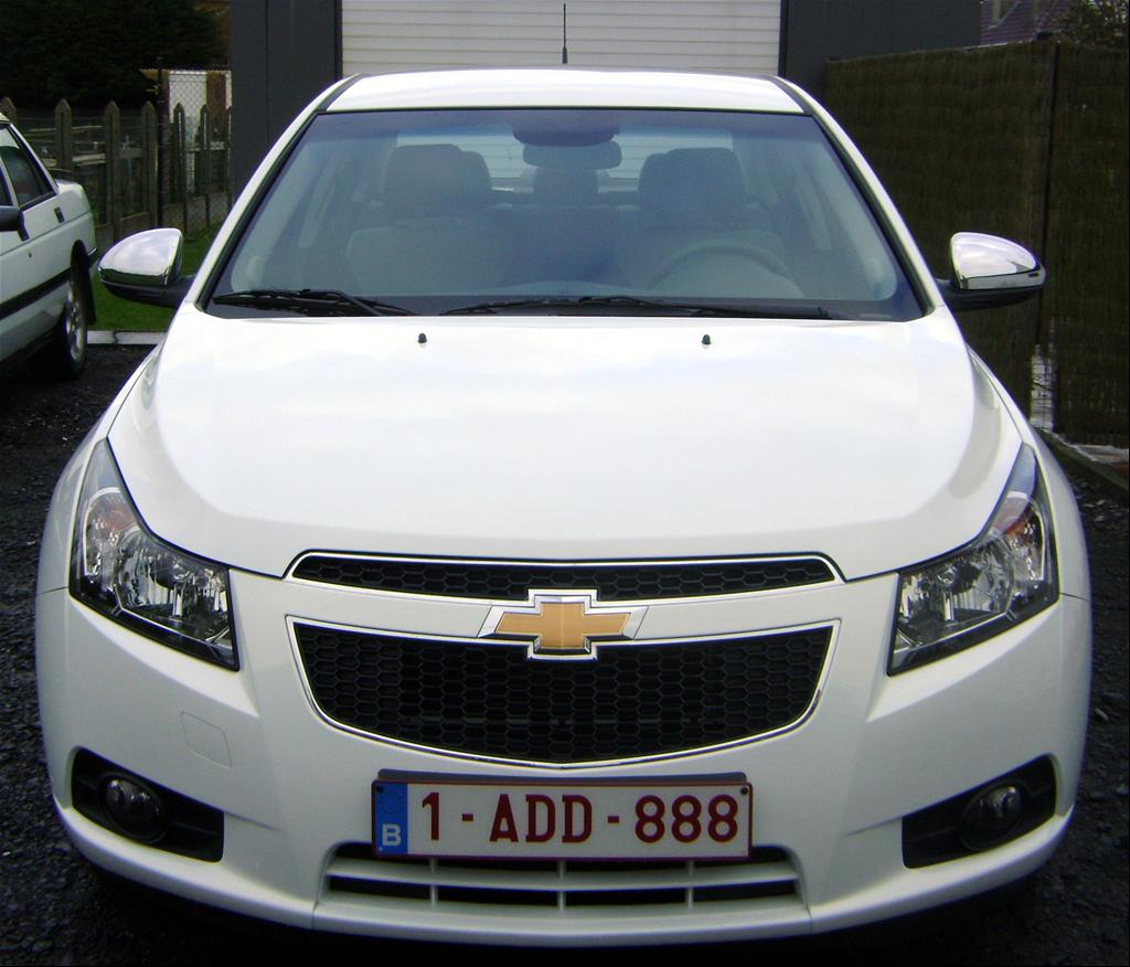 2013 chevrolet cruze mpg reports autos weblog. Black Bedroom Furniture Sets. Home Design Ideas