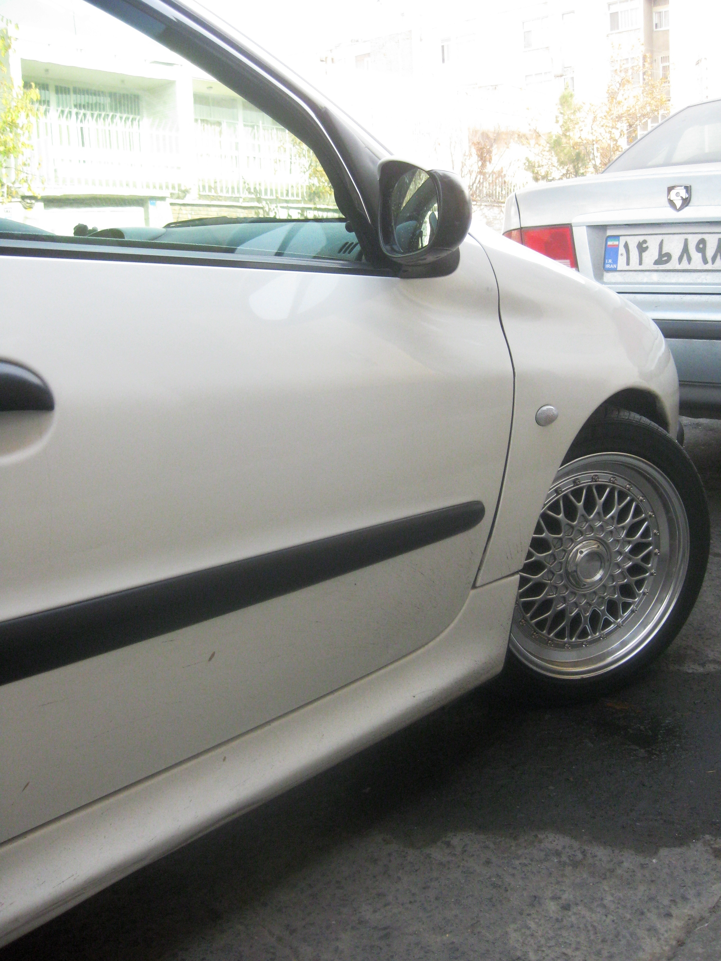 Another Taha-VR4 2001 Peugeot 206 post... - 14904127