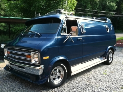vansajammin 1975 Dodge B-Series
