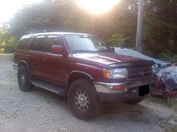 SkateboardDudes 1996 Toyota 4Runner