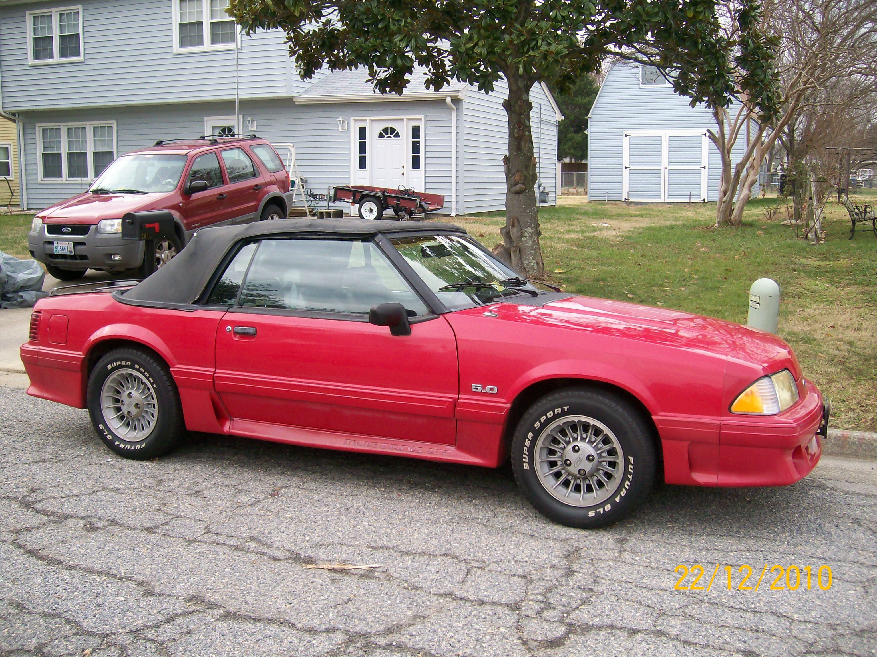 Dirt41 1990 ford mustanggt convertible 2d specs photos
