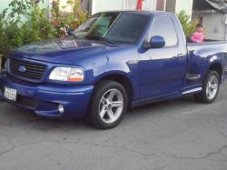 compa julios 2003 Ford F150 Regular Cab