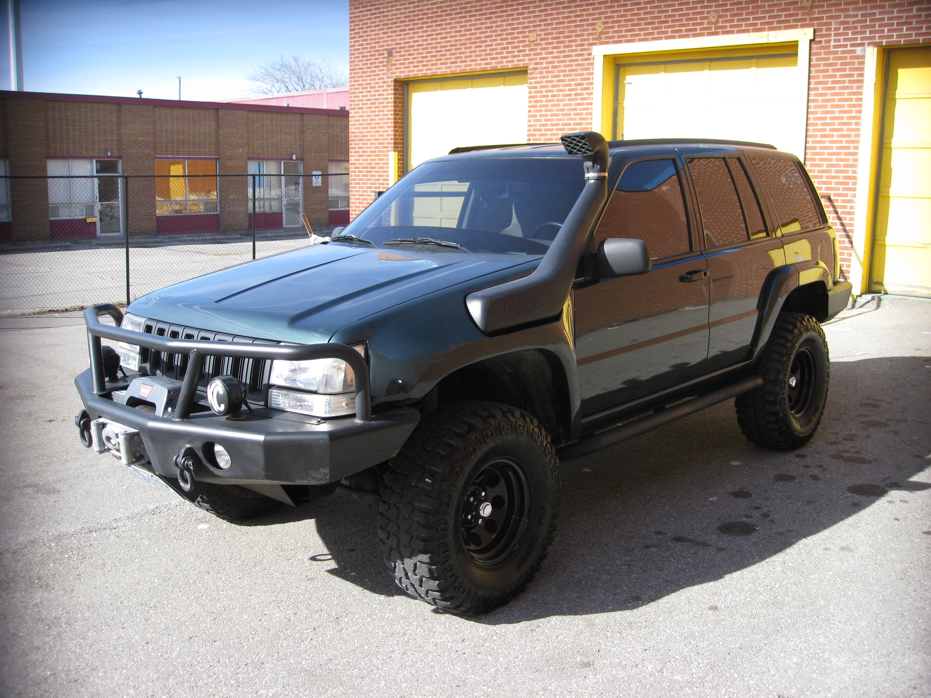 Joseph_1995_zj 1995 jeep grand cherokee 38980824006_original