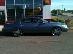 westside24 2000 Lincoln Town Car