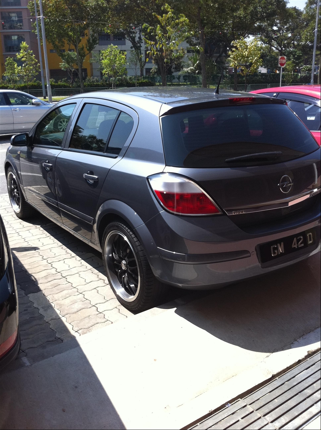 freddy astra 39 s 2006 opel astra in sarawak. Black Bedroom Furniture Sets. Home Design Ideas