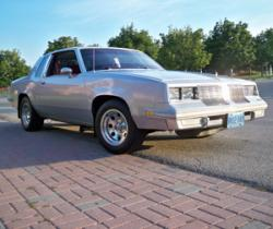 BrandonT98s 1985 Oldsmobile Cutlass Supreme