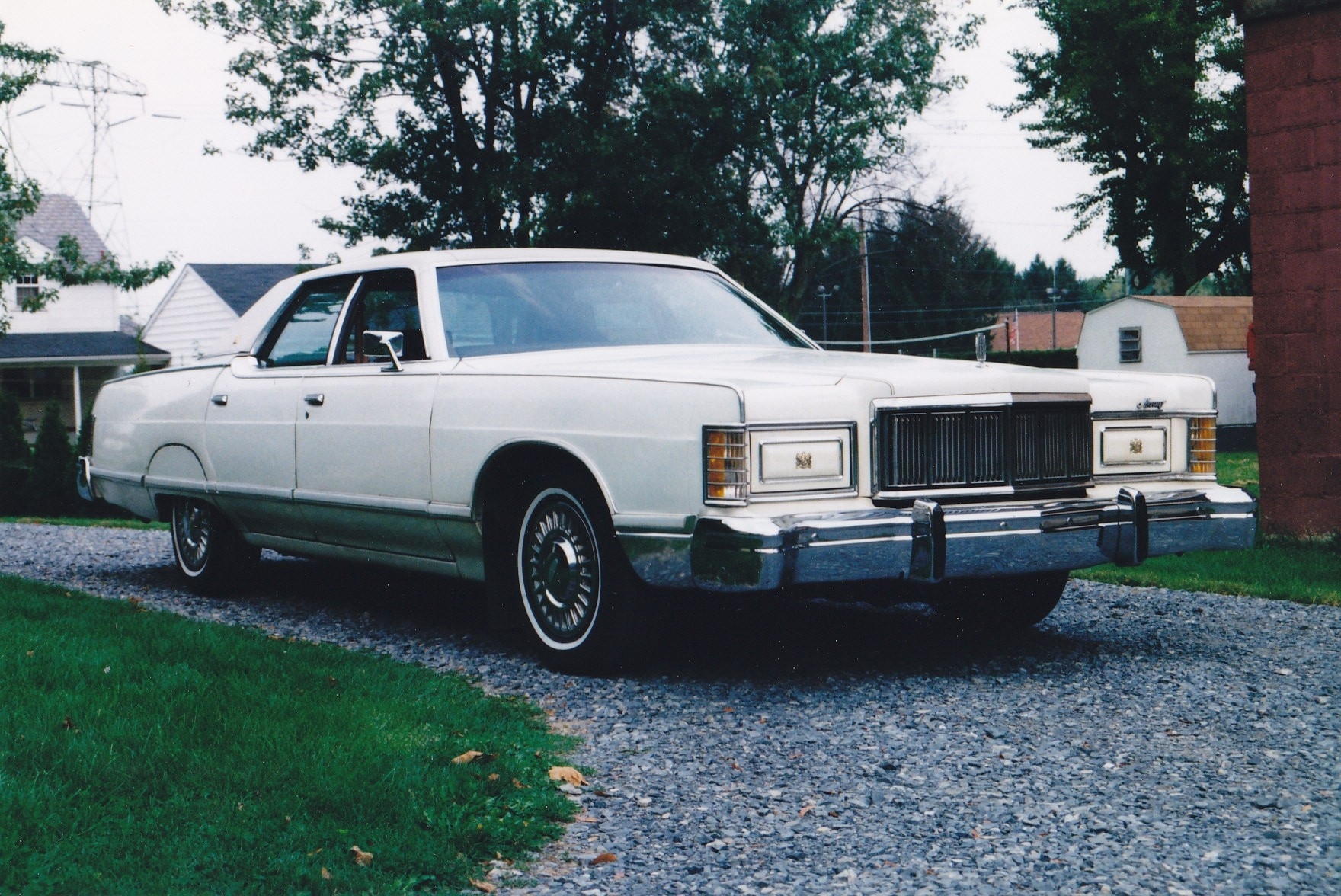 Jakeys 1977 Mercury Grand Marquis Specs Photos Modification Info At Cardomain