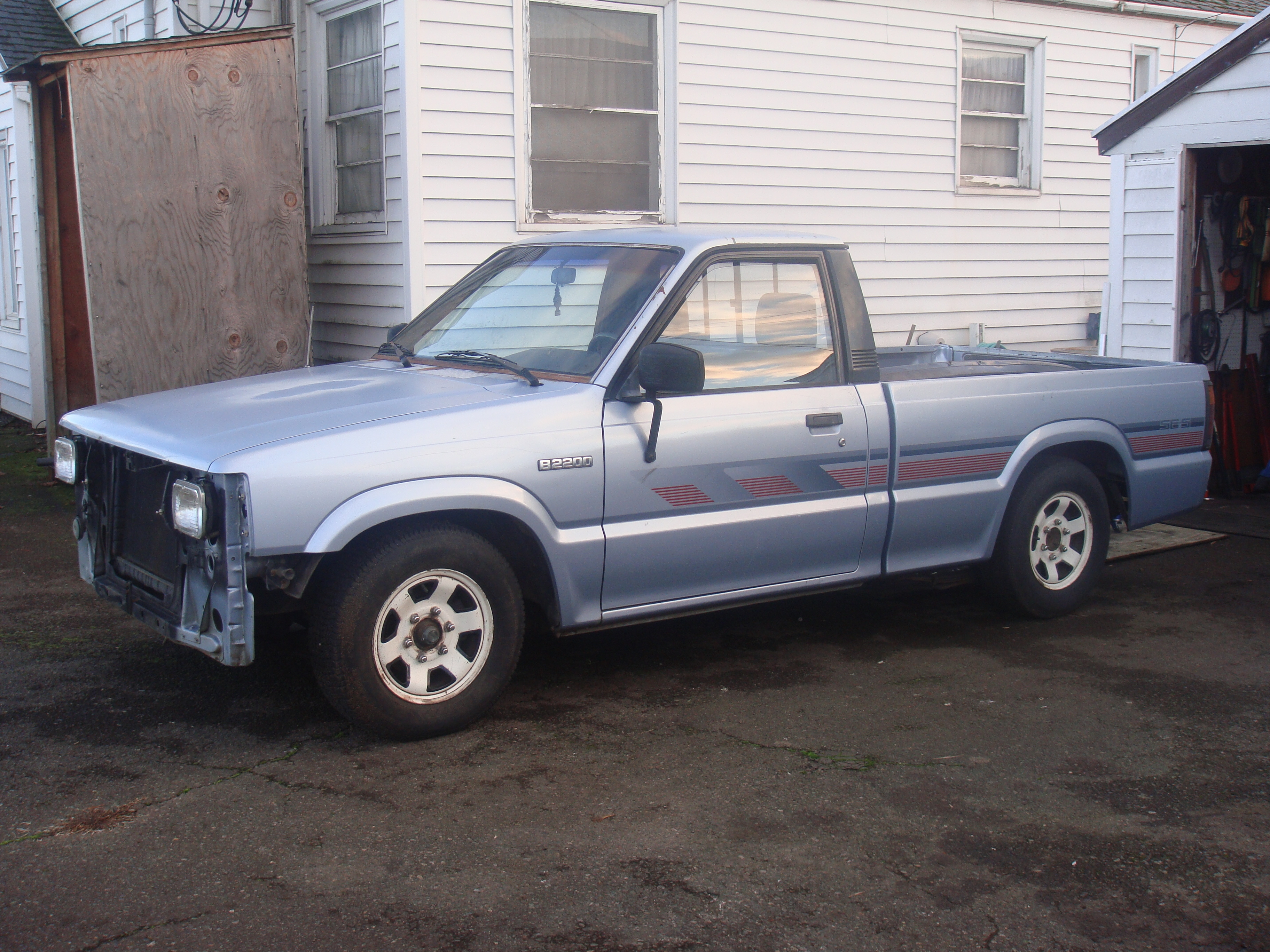 cody_olson 1991 Mazda B-Series Regular Cab 14919863