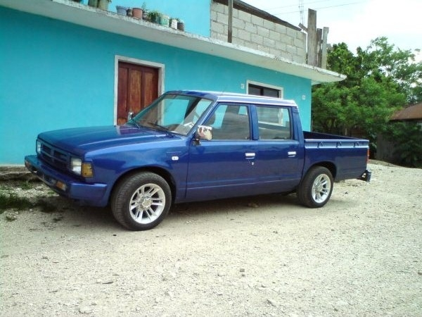 1991 Nissan 720 Pick-Up
