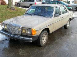 Odin_Fusiion 1982 Mercedes-Benz 300D