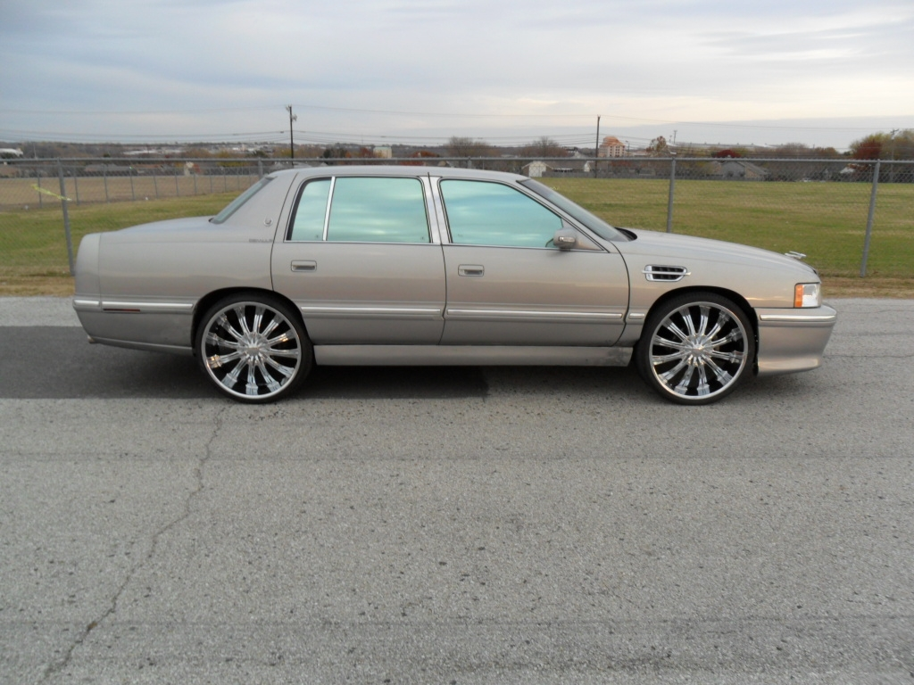 Another Mr_Platinumdon 1999 Cadillac DeVille post... - 14927953