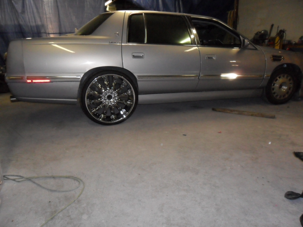 Another Mr_Platinumdon 1999 Cadillac DeVille post... - 14927971