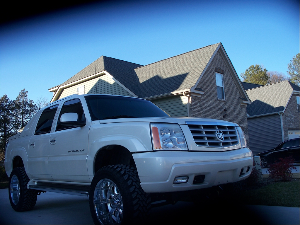 cadditruck 39 s 2002 cadillac escalade ext in duluth tn. Black Bedroom Furniture Sets. Home Design Ideas