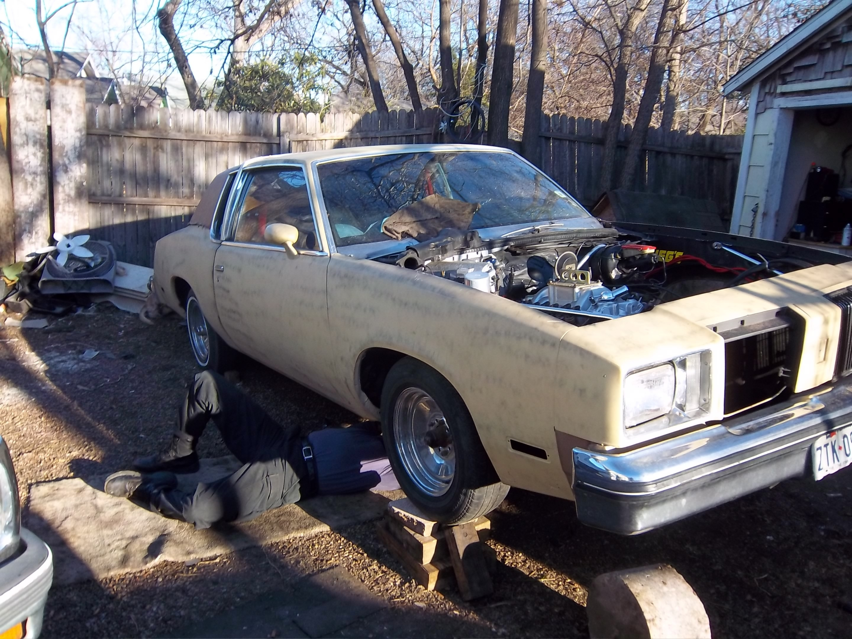 Another 10221978 1979 Oldsmobile Cutlass Brougham post... - 14929762